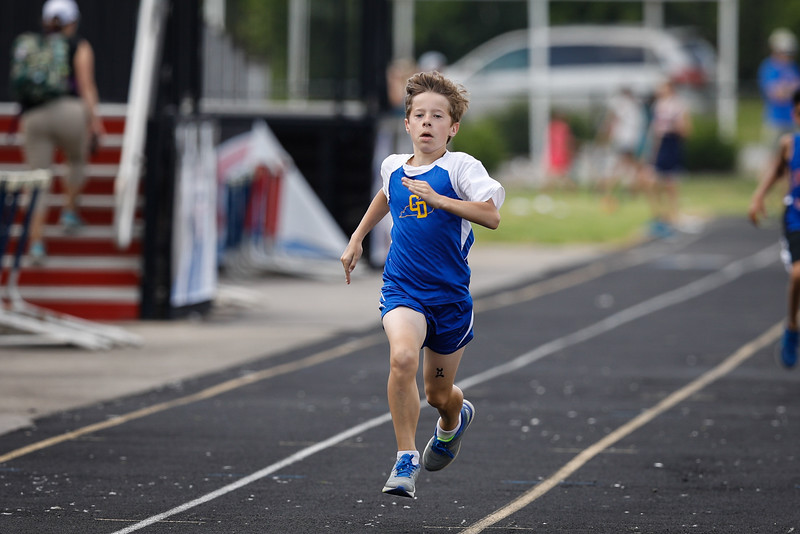 2019-05-18 Eastern Middle School Track Classic-2482