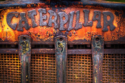 Caterpillar-Grill