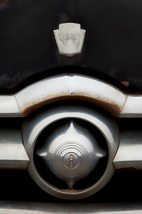 Ford-8-grill