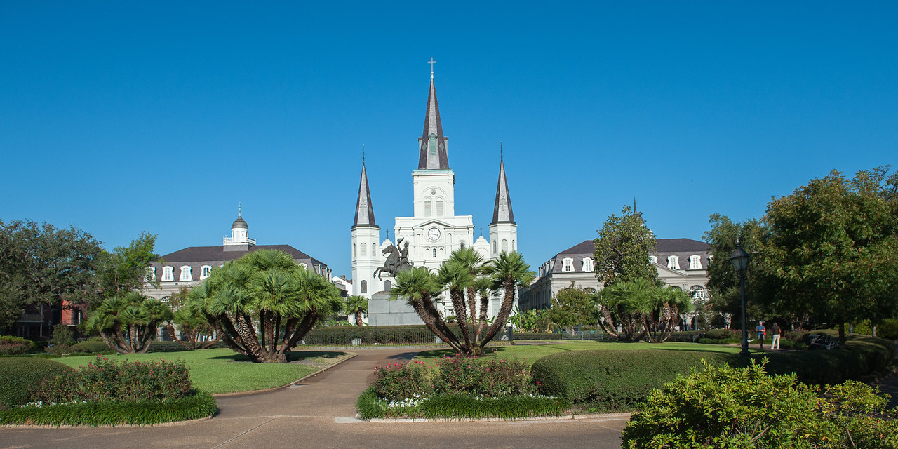 Jackson Square and St. Louise Cathedral.
