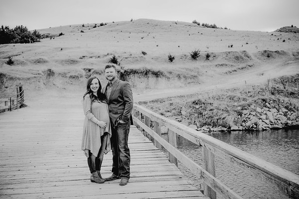 00006--©ADHPhotography2018--AaronShae--Engagement--2018March24