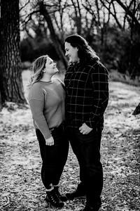 00007--©ADHPhotography2020--AshtonAndrew--Engagement--January18bw