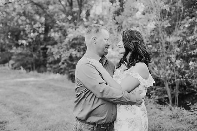 00014--2017©ADHPhotography--RenaeFelberHeathBrown--Engagement