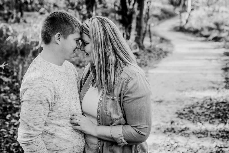 00022--©ADHphotography2018--GradyKallie--Engagement--October28