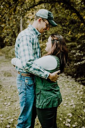 00003--©ADHphotography2018--DerekSchoenKylaEpley--Engagement--October13