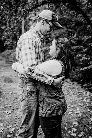 00004--©ADHphotography2018--DerekSchoenKylaEpley--Engagement--October13