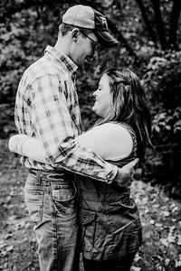00008--©ADHphotography2018--DerekSchoenKylaEpley--Engagement--October13