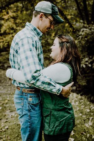 00005--©ADHphotography2018--DerekSchoenKylaEpley--Engagement--October13
