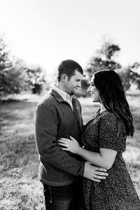 00008©ADHPhotography2020--LaurenRugglesClaytonSkolout--Engagement--October12bw