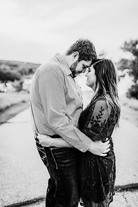 00005©ADHPhotography2020--KeenanLexi--engagement--August20bw