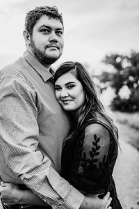 00008©ADHPhotography2020--KeenanLexi--engagement--August20bw