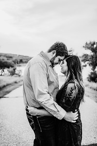 00004©ADHPhotography2020--KeenanLexi--engagement--August20bw