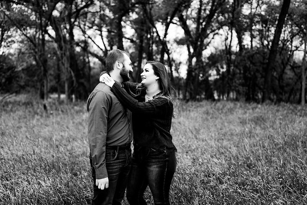 00002©ADHPhotography2020--TaylorDawson--Engagement--October21bw