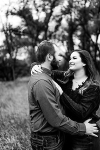 00004©ADHPhotography2020--TaylorDawson--Engagement--October21bw