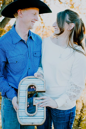 00019--©ADHphotography2018--VictoriaJohnsonHanceGrunden--Engagement--October16