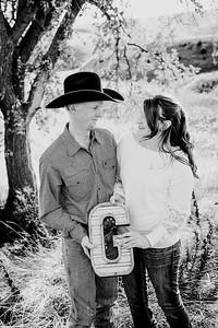 00002--©ADHphotography2018--VictoriaJohnsonHanceGrunden--Engagement--October16