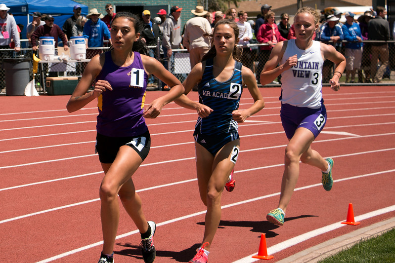 18 girls race in the 3200 meter at Jeffco Stadium for the state championships, Saturday, May 20, 2017. (Michelle Risinger/ Loveland Reporter-Herald)