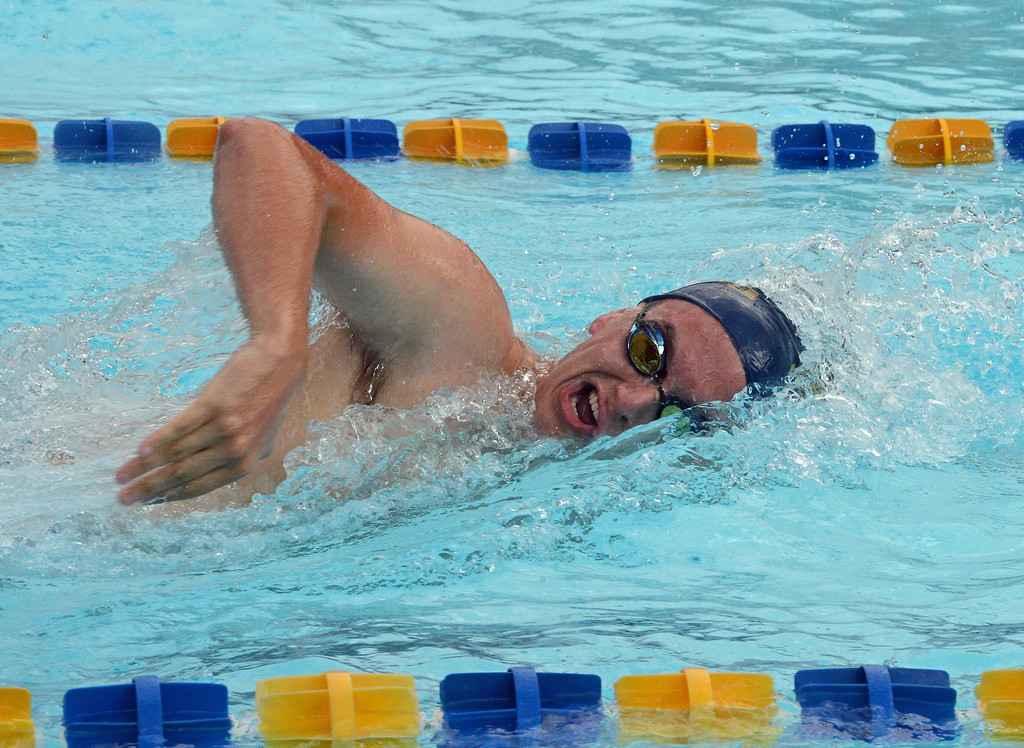 . Nason Sjostedt looks strong in the men\'s 100 freestyle.