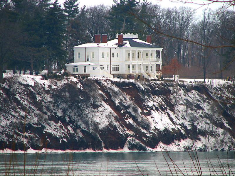 Canada Mansion  Mar 13 009 1024w