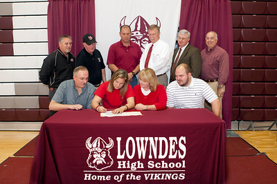 Keri Tompkins Signs with Middle GA