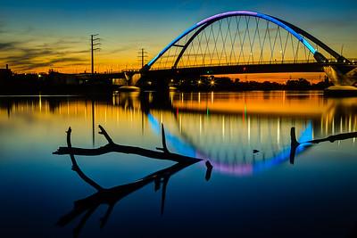 Lowry Sunset - Lynx Colors