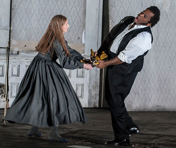 ENO Lucia di Lammermoor Sarah Tynan Lester Lync (c) John Snelling