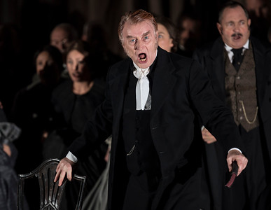 ENO Lucia di Lammermoor Clive Bayley (c) John Snelling