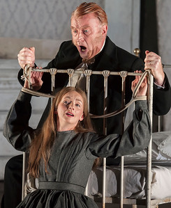 ENO Lucia di Lammermoor Sarah Tynan Clive Bayley (c) John Snelling