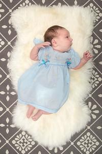 Week 3 (02/10/16) - Lucy is 3 weeks old!