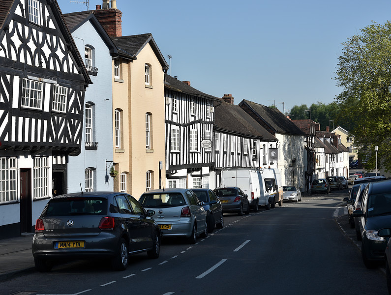 Corve St (lower part) and the Unicorn Inn, Ludlow.