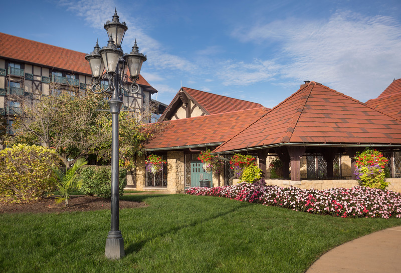 Sheraton Westport Chalet Hotel, Maryland Heights, MO