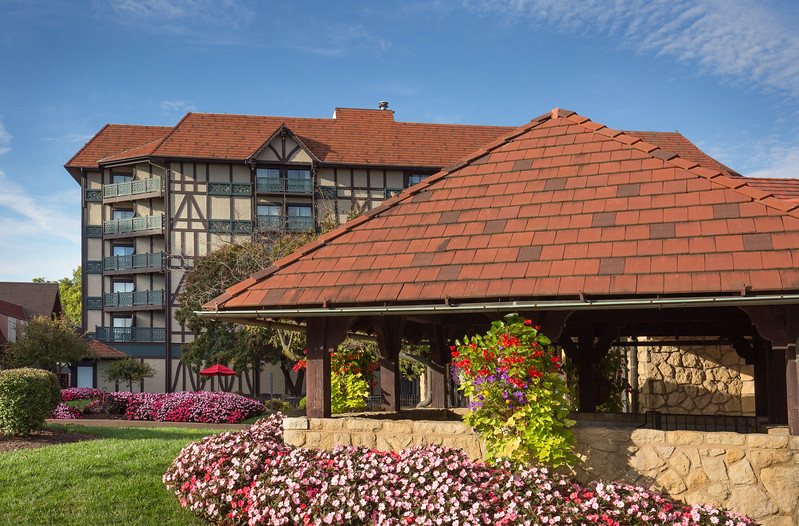 Sheraton Westport Chalet Hotel, Maryland Heights, MO