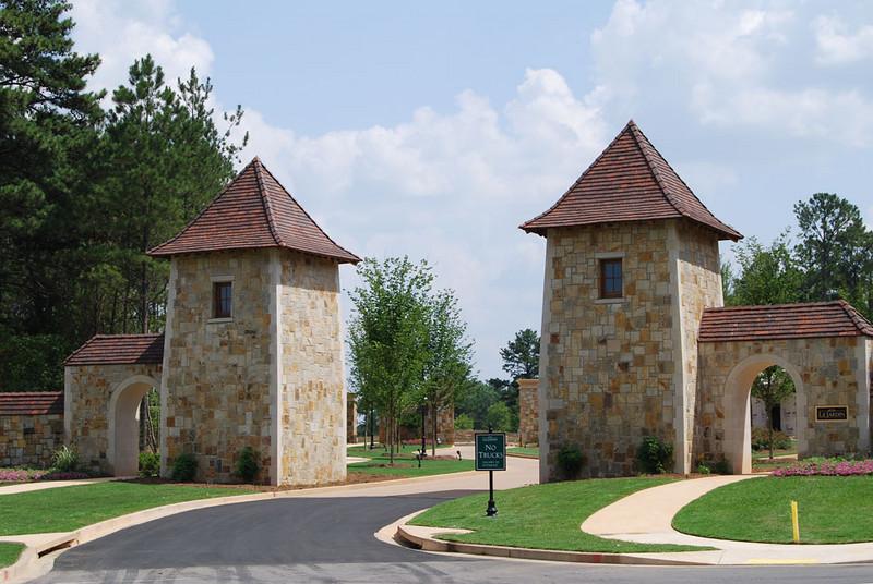 Le Jardin - Fairburn, GA