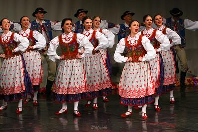 """Tańce szczawnickie Zespół """"Mazowsze"""" ©Mateusz Matysiak"""