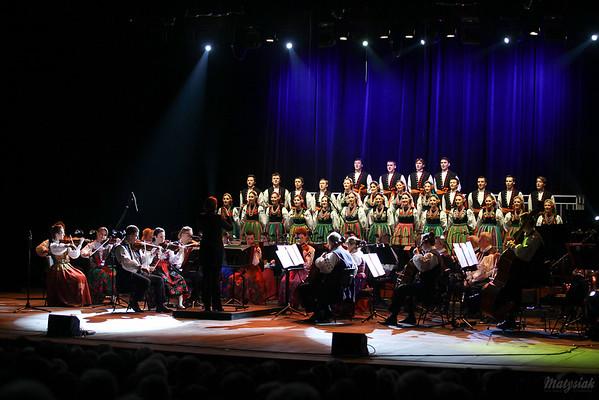 Chór i orkiestra