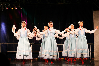 """Tańce szamotulskie Zespół """"Mazowsze"""" ©Mateusz Matysiak"""