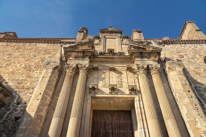 Antigua iglesia del convento de Santo Domingo, ahora exposición permanente de pasos e imágenes de Semana Santa