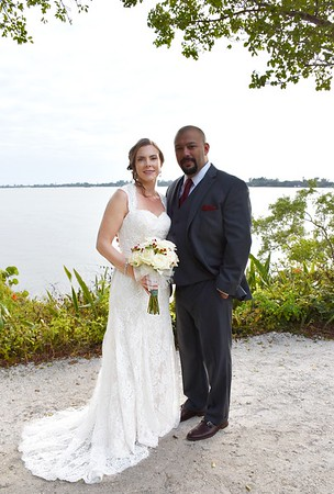 Beautiful wedding at Spanish Point, Osprey, FL