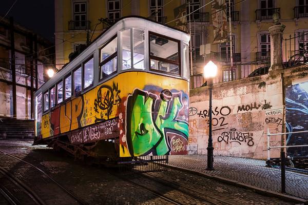 REF016 - Lumieres de Lisbonne par Antonio GAUDENCIO Auteur Photographe