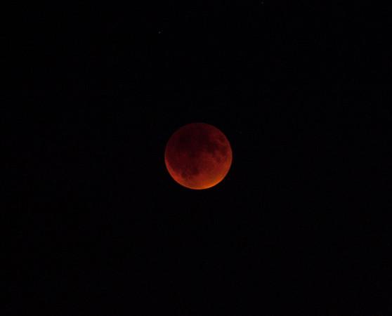 Lunar Eclipse 092715