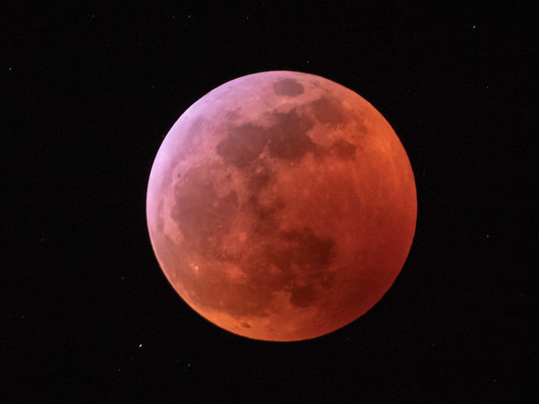Super wold blood moon