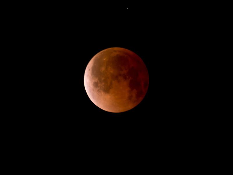 Eclipse 4/15/2014 4:22am