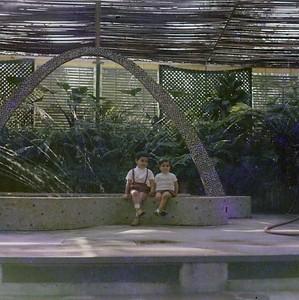 Teresa e Joao Salvado na Estufa de Andrada