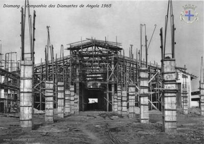 1965 - Obras de ampliação da Oficina de Manutenção de Engenhos, em Andrada