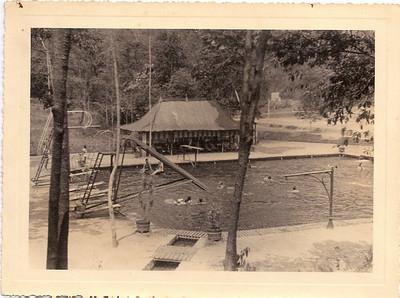 Mussungue , Piscina do Dundo, em 1940.