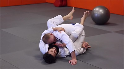 Details of the Flower Sweep from Closed Guard