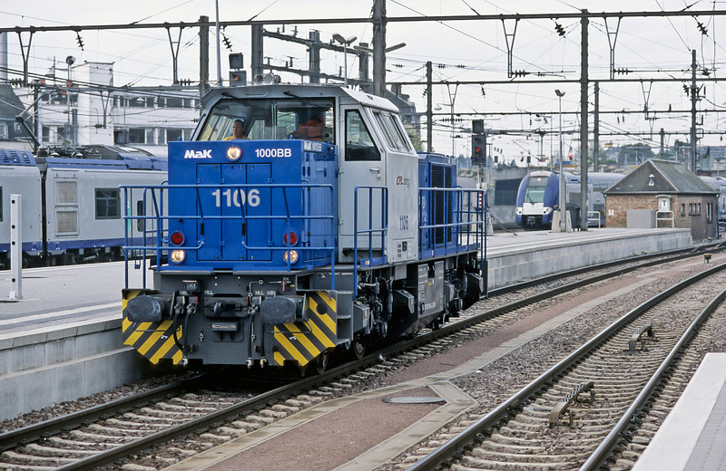 CFL 1106, an MAK 1000BB, is the station pilot at Luxembourg on 14 September 2009