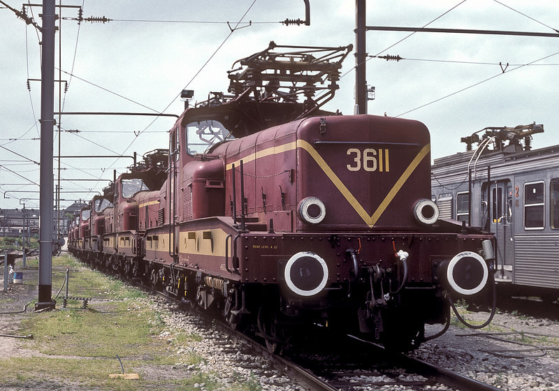 CFL 3611 heads a line of sister engines at Luxembourg depot on 16 July 1989, waiting the call to work