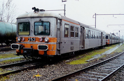 252 at Luxembourg Depot on 24th November 2001