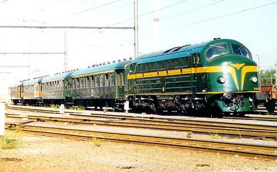 202 020 (former 1602) at Schaarbeek Depot on 19th June 1999